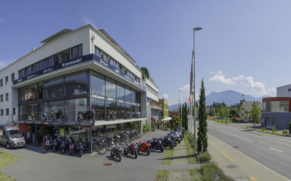 Neufahrzeuge und Occasionen , Hans Leupi , Meggen , Leupimoto , Kawasaki Center - Aprilia - Vespa Zentralschweiz - Piaggio